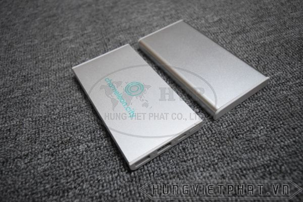 PKV-004---Pin-sac-du-phong-in-khac-logo-lam-qua-tang-6-1497499705.jpg
