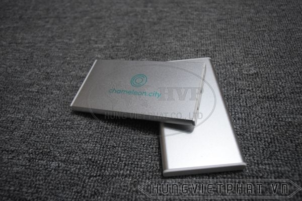 PKV-004---Pin-sac-du-phong-in-khac-logo-lam-qua-tang-7-1497499707.jpg