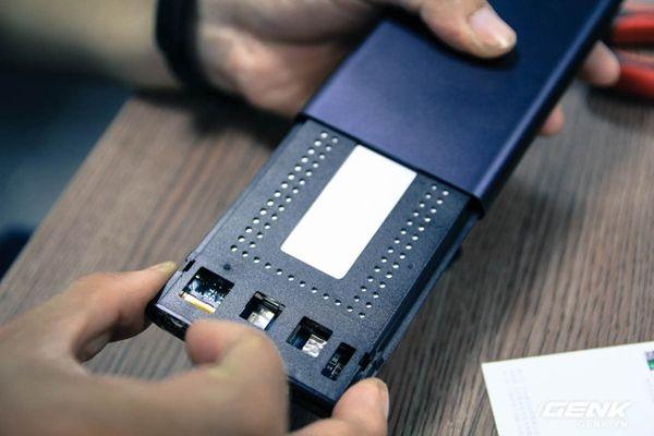 Xiaomi-10000mAh-Gen-2-pin-sac-du-phong-chinh-hang-gia-si-5-1491296017.jpg
