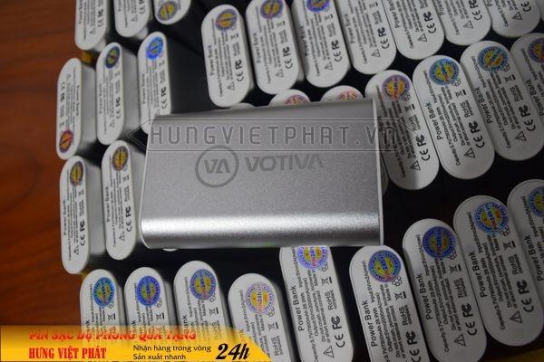 PDV-008-pin-sac-du-phong-in-khac-logo-doanh-nghiep-lam-qua-tang-1470738162.jpg