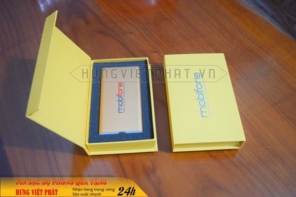 PDV-019-pin-sac-du-phong-in-khac-logo-doanh-nghiep-lam-qua-tang2-1470738666.jpg